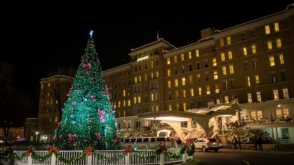 Holiday Tree Lighting Ceremony – French Lick Springs Hotel photo