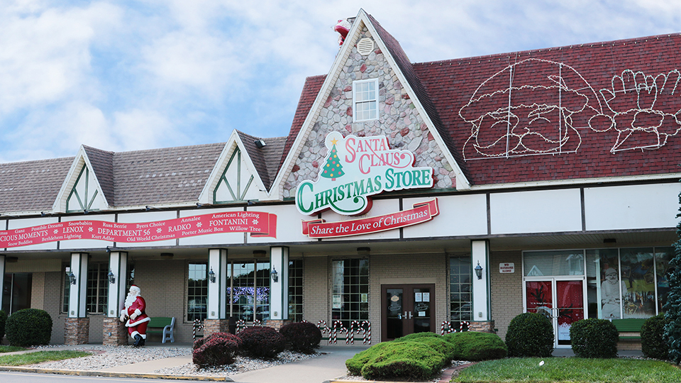 Shopping in Santa Claus, Indiana photo