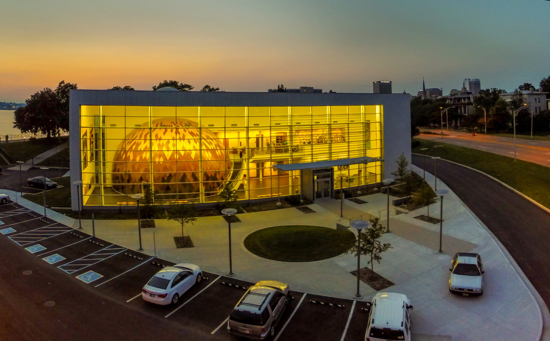 Evansville Museum of Arts, History & Science photo