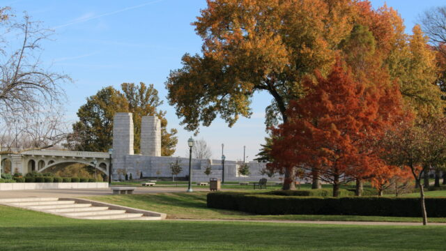Riverwalk Downtown Vincenes, Trails in Southern Indiana
